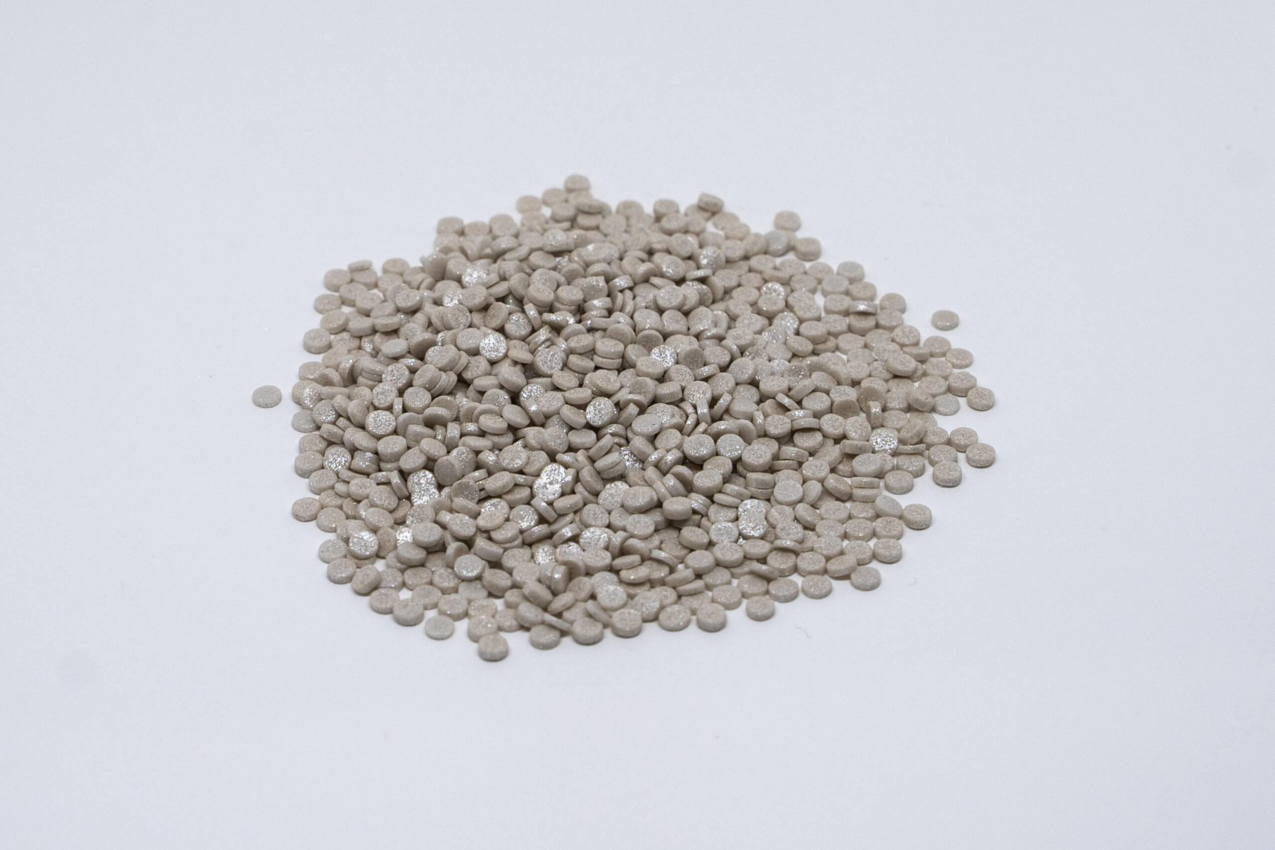Silver confeti